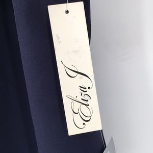 Eliza J Dresses - Eliza J Ruffle Sleeve Sheath Dress
